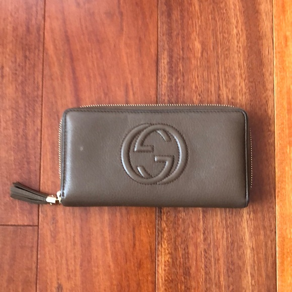 Gucci Handbags - GUCCI - Soho zip around wallet